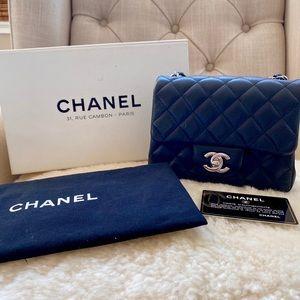 ❌SOLD❌🦄 Authentic Chanel Mini Square black SHW 🦄